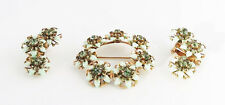 KRAMER ANTIQUE GREEN CRYSTAL RHINESTONE FLORAL GOLD DEMI-PARURE PIN BROOCH SET