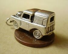 BEAUTIFUL ' LAND ROVER CAR ' STERLING SILVER 3D CHARM CHARMS