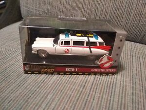 Jada Toys Hollywood Rides, Diecast, Scale 1:32 Ghostbusters Ecto-1