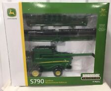 ERTL John Deere S790 Combine Prestige Collection 1/32 NIB