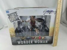 Diamond Select Toys DC Gallery: Justice League Movie Wonder Woman Figure F/S