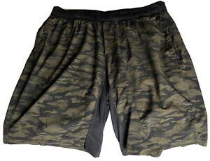 mens lululemon shorts xxl Camo Green/black