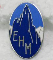 Insigne émaillé de l'EHM école de haute montagne Chamonix crée en 1932- Refrappe