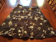 Ann Taylor Embroidered Floral Skirt Black Size 2 Womens Knee Length