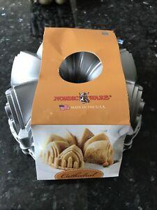 Nordic Ware - CATHEDRAL Bundt Pan, Cast Aluminium Cake Tin - NEW & UNUSED!