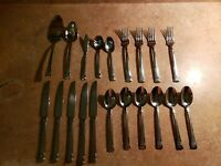 WALLACE 18/10 STAINLESS STEEL 20 PC FLATWARE SET W/ SPOONS FORKS KNIFES RARE SET