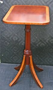 Antique Federal Style Inlay Candlestand Side Table Banded Satinwood Mahogany