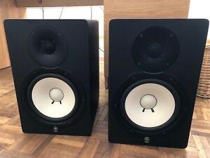 2 x Yamaha HS80M Powered Studio Monitors / Speakers, 120W - Black