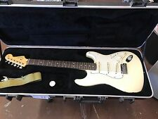 FENDER STRATOCASTER  MADE IN USA
