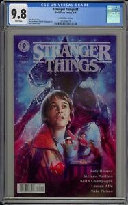 STRANGER THINGS #1 - CGC 9.8 - KYLE LAMBERT VARIANT - 2016056176