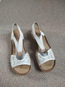 White Sandals Reiker Antistress Size 39 6 UK  Elasticated Wedge