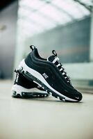 NIKE AIR MAX 97 SE GS - UK 4/US 4.5/EU 36.5 - BLACK/WHITE (AV3180-001)