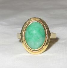 Vintage 14k Gold Oval Jadeite Jade Ring  Size 7.5