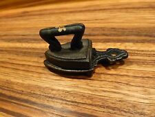 "Antique Miniature 2.5"" Clothes IRON w. Handle & Trivet stand #2 [Y7-W6-A9]"