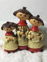 Vtg Christmas Carolers Figures Kids Choir Singing Holiday Deco Handcrafted Japan