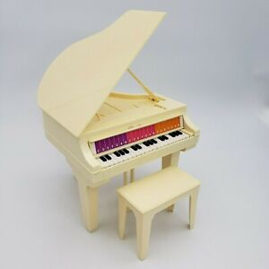 Vintage Barbie 1981 Electronic Baby Grand Piano Mattel With Bench Baton Battery