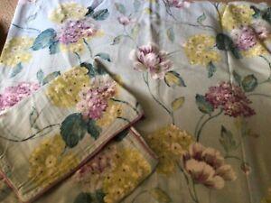 Julian Charles Double duvet Set 100%Cotton Aqua/Floral