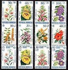 3 séries de fleurs timbres d'Indonésie neuves