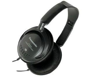 Panasonic Monitor Auriculares Con Control de Volumen en Línea - Negro (RPHT225)
