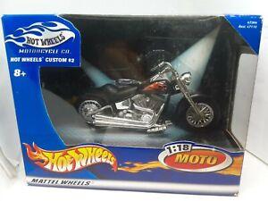 moto hotwheels custom #2 1/18 noir 8+ numero 47364