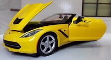 1:24 escala Chevrolet Corvette Convertible 2014 Amarillo Maisto