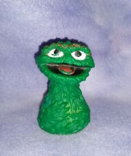 Vintage Sesame Street OSCAR THE GROUCH Rubber Finger Puppet Figure Toy 1970's