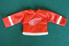 Gordie Howe Mini Autographed Jersey. Rare 2006-07 Upper Deck Mini Jersey Series