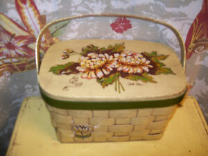 Caro Nan Wood Purse Picnic Basket Flower vintage Signed Multi-Color retro