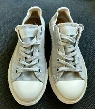 CONVERSE Allstar Girls Silver Low shoes size 1.5 great condition