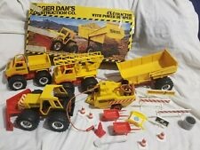Digger Dan's Construction Co 3 trucks, two trailers, box & more - Joustra Revell