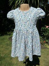 Neues AngebotMädchen Kurzarm Kleid Weiß Blumenmuster, 2-3 Jahre, NEU, Handarbeit