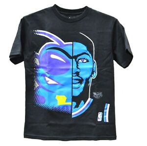 CHARLOTTE HORNETS DAVIS MAJESTIC Game Face Print Youth Tee Black SMLXL 160634RM