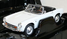 Triple9 1/18 Scale - Honda S800 Roadster Hood up White Diecast model car