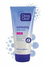 Clean and Clear Daily Exfoliating Face Wash 150ml