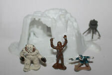 1982 Kenner Star Wars Micro Series Hoth Wampa Cave & Figures
