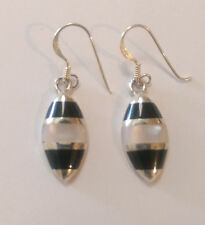 Sterling Silver White mother of Pear/Black Onyx Leaf Shaped Drop Dangle Earring