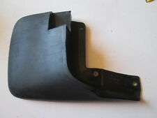 Paraspruzzi anteriore destro Honda CR-V 1° serie dal 96 al 2002.  [3500.16]