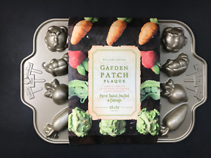 Williams Sonoma Garden Patch Plaque Cakelet Pan NEW/ PLEASE SEE NOTES