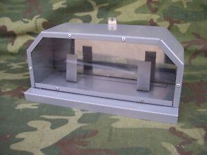 Contenitore metallico pentagonale, pannello a specchio e frontale in plexgrass