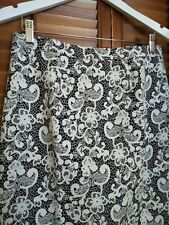 Jigsaw Black & White Floral Lace Jacquard Pencil Skirt - Size 10 - RRP$189