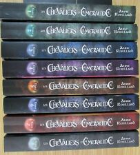 FANTASY LES CHEVALIERS D ÉMERAUDE de  ANNE ROBILLARD 8 VOLUMES GRAND FORMAT