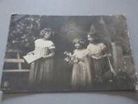 Carte Postale Vintage Image Art Filles Shipped