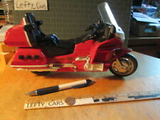 1995 HONDA GOLDWING BATTERY OPERATED MOTORCYCLE SCALE DIORAMAS! PARTS! DISPLAY!