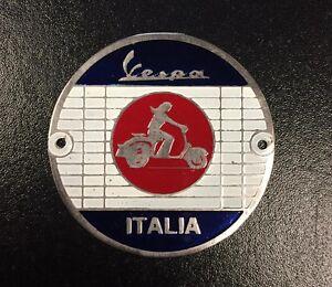"Round badge ""Vespa MOD Target"" - screw on (diameter 52mm)"