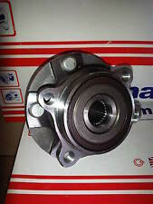 TOYOTA COROLLA SALOON 1.4 D-4D D4D 07-on NEW FRONT WHEEL BEARING inc HUB/FLANGE