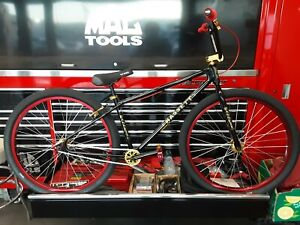 29 Inch Bassett Racing Super Star Cruiser, custom bicycle, premium parts