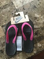NEW Nike Solay Black/Pink Thong Flip Flop Sandals Women's Size 5
