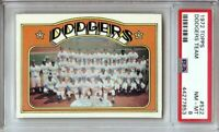 Los Angeles Dodgers 1972 Topps Team Baseball Card Graded PSA 8 NM-MT #522