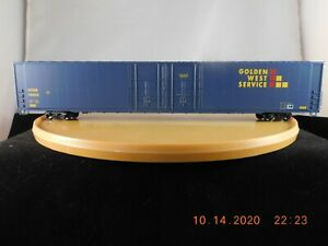 Athearn HO Scale 86' 4-Door Hi-Cube Box Car Golden West Services