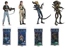 NECA alieni serie 12 Set di 4 Action Figure Ripley, VASQUEZ & GUERRIERO DI ALIENI